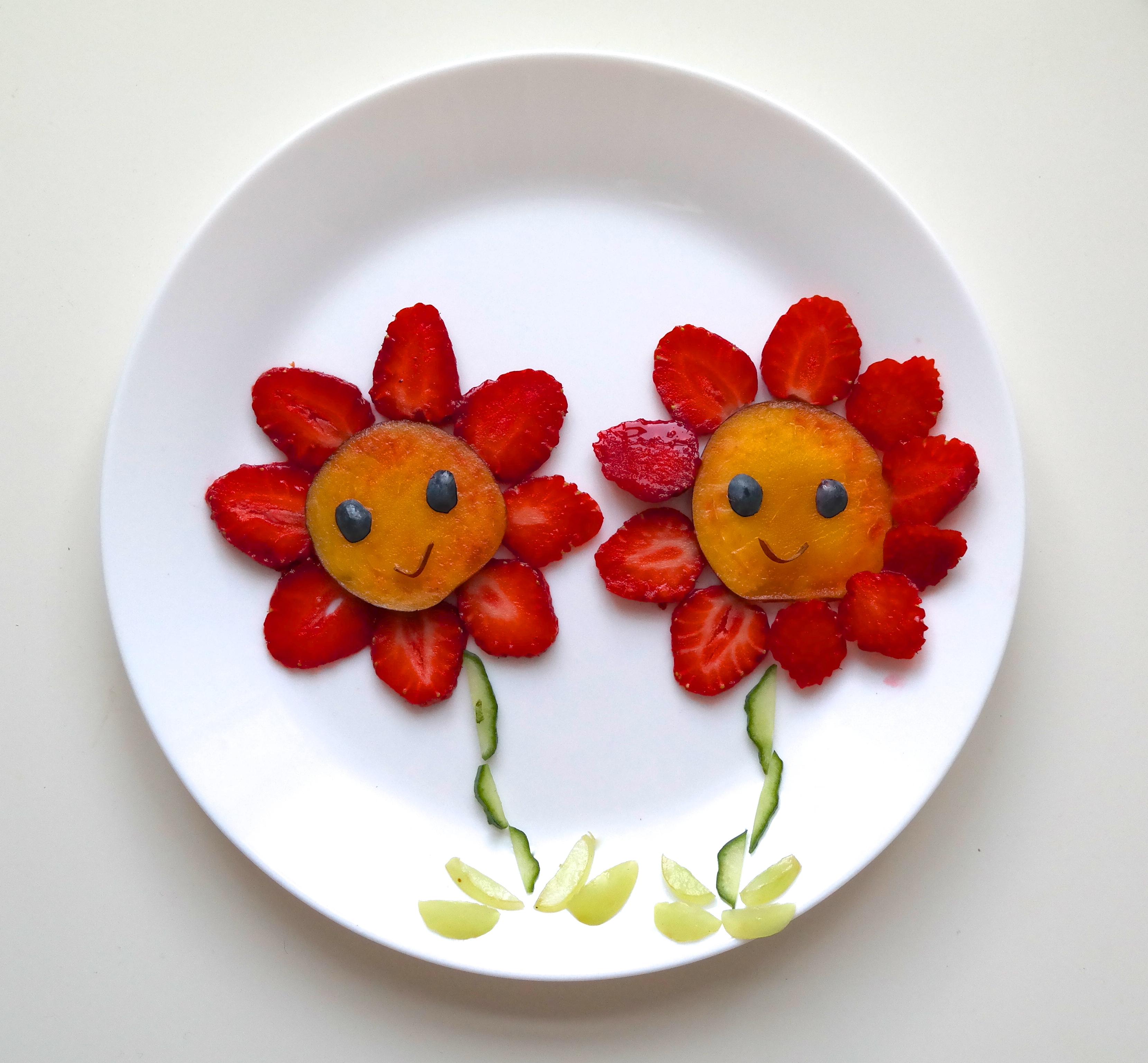 Jordbær-blomster med nektarin